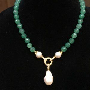 Gorgeous Genuine Faceted Jade & Pearl Neck…